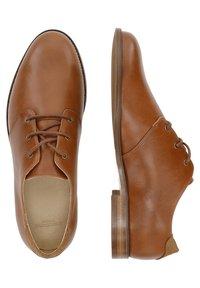 M. Moustache - ALPHONSE - Zapatos de vestir - cognac color - 3