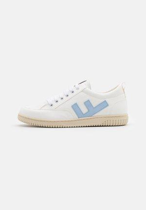 VEGAN ROLAND  - Trainers - white/blue/ivory