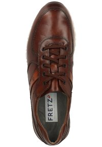 Fretz Men - Sneakersy niskie - cognac 37 - 1