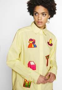 Stieglitz - RAUL BLOUSE - Button-down blouse - yellow - 4