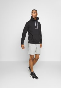 Champion - ROCHESTER HALF ZIP HOODED - Bluza z kapturem - black - 1