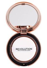 Make up Revolution - CONCEAL & DEFINE POWDER FOUNDATION - Foundation - p2 - 2
