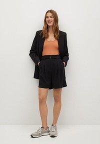 Mango - NUEL - Shorts - zwart - 1
