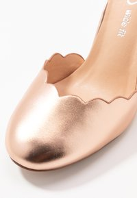 Wallis Wide Fit - WIDE FIT WHISPER - Korolliset avokkaat - rose gold metallic - 2