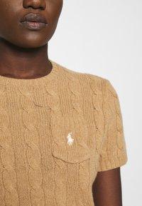 Polo Ralph Lauren - TEE SHORT SLEEVE - T-shirt z nadrukiem - collection camel melange - 4