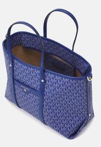 MICHAEL Michael Kors - BECK TOTE - Handbag - twilight blue - 7