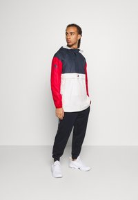 Tommy Hilfiger - ICON - Windbreaker - red - 1