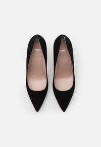 HUGO - INES - Classic heels - black - 4