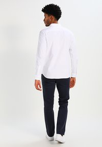 Selected Homme - NOOS - Vapaa-ajan kauluspaita - white - 2