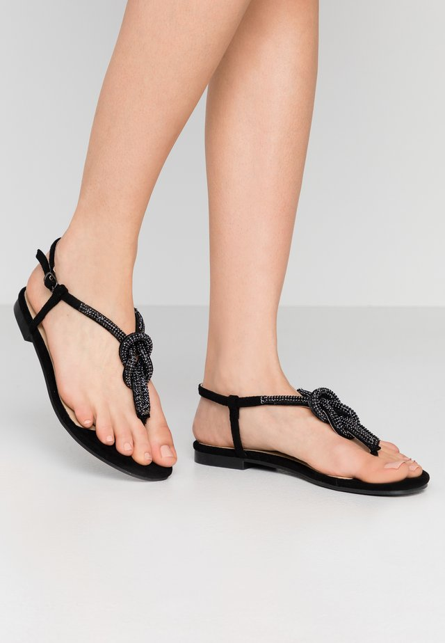 GEMIA - Sandalias de dedo - black