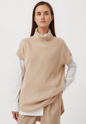 FINN FLARE ROLLKRAGEN - Basic T-shirt - beige-brown