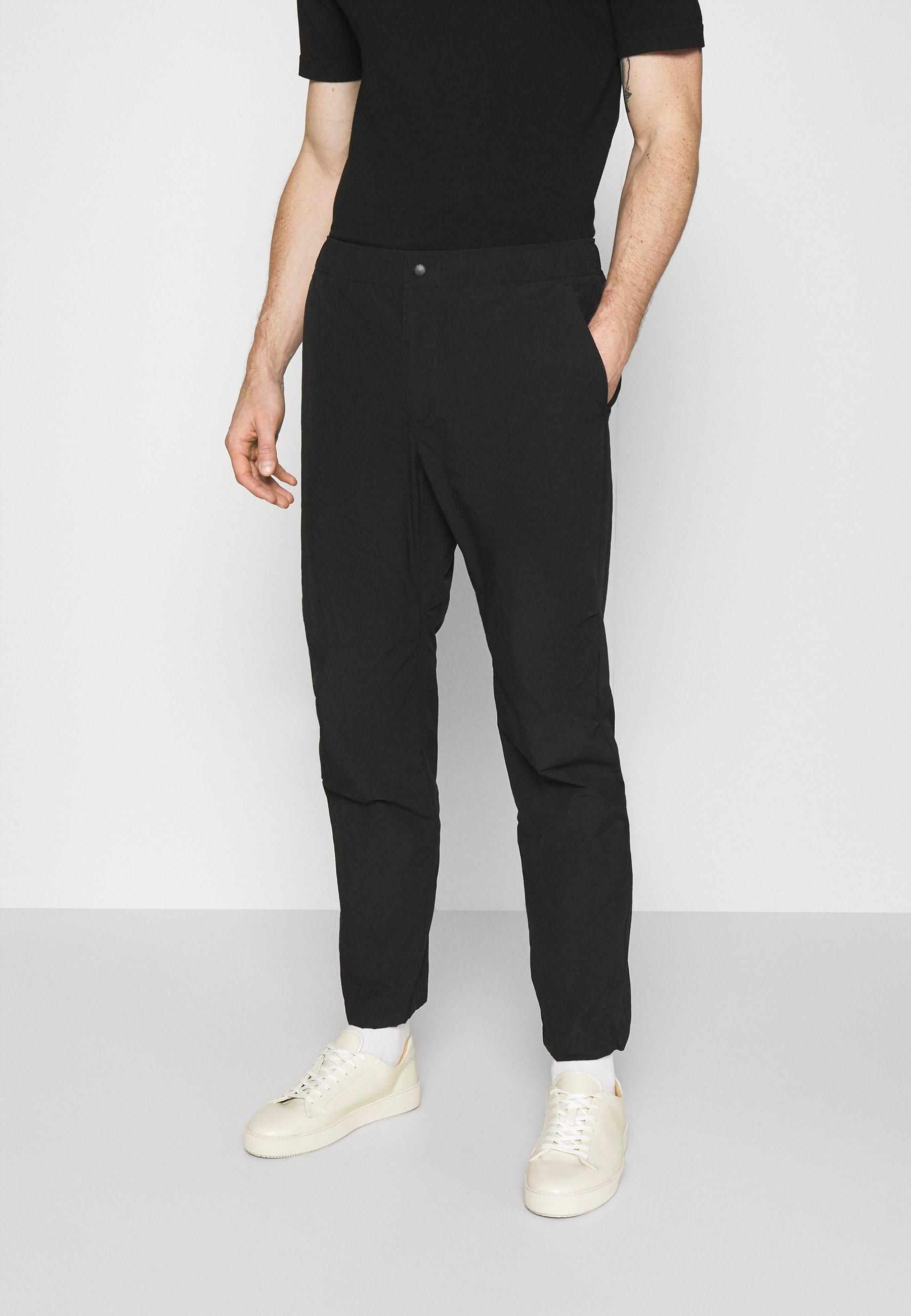 Uomo FLYNT PANT IN TECH - Pantaloni