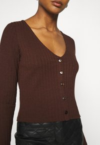 Nly by Nelly - BUTTON UP - Gilet - brown - 5