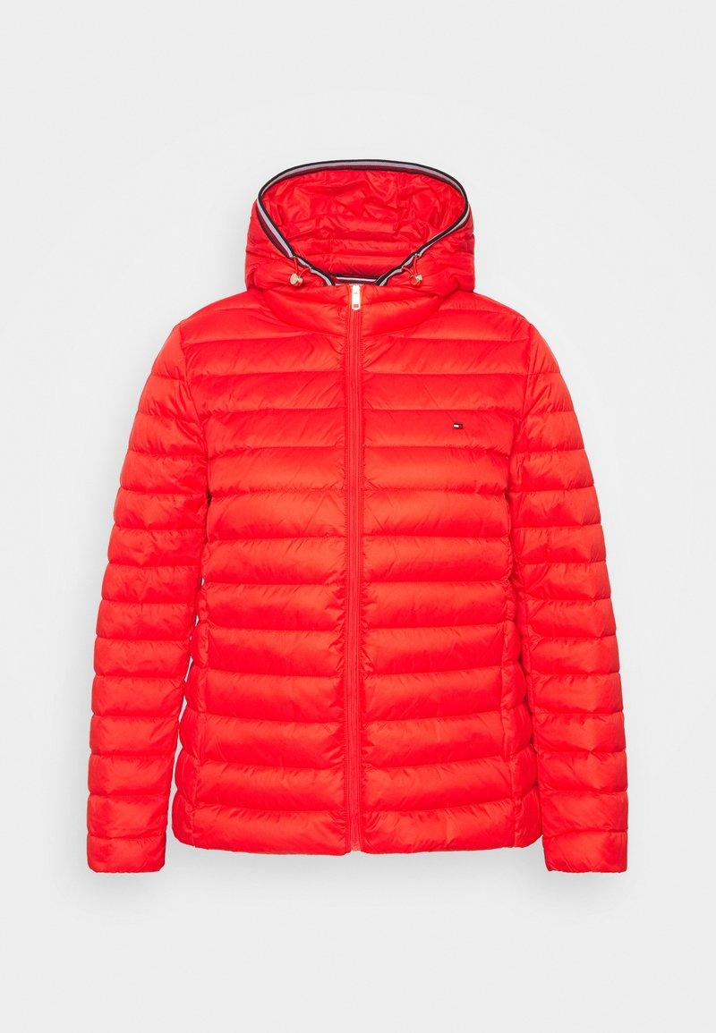Tommy Hilfiger Curve - Down jacket - red
