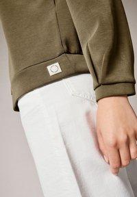 comma casual identity - Sweatshirt - khaki - 3