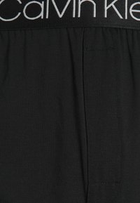 Calvin Klein Underwear - SLEEP SHORT - Pyjama bottoms - black - 2