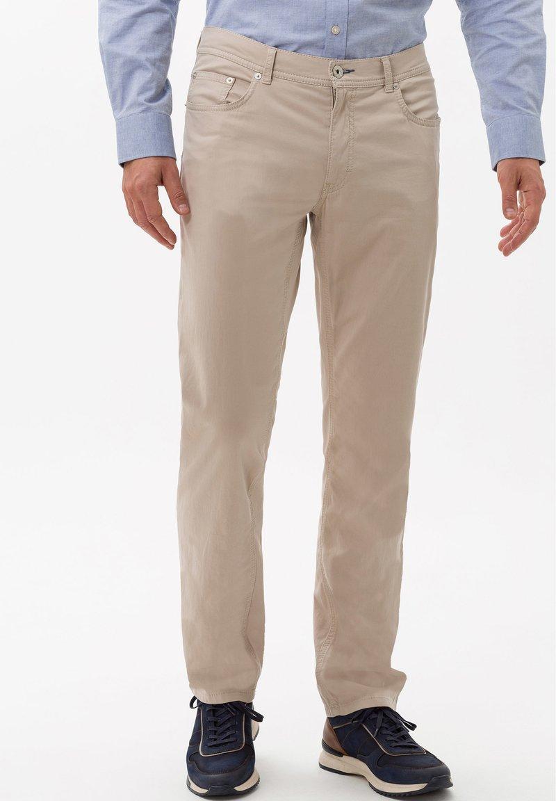 BRAX - STYLE COOPER FANCY - Pantalon classique - beige