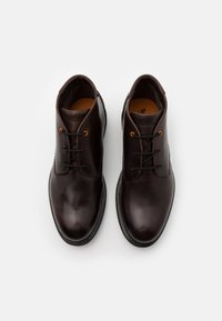 Timberland - CHUKKA - Lace-up ankle boots - dark brown - 3