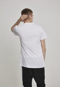 Mister Tee - MICKEY MOUSE  - T-shirt imprimé - white - 2
