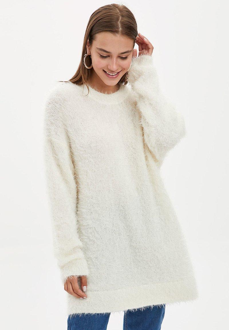DeFacto - Fleece jumper - beige