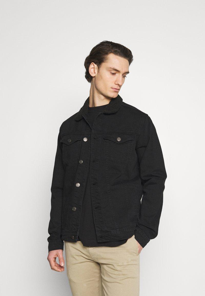 Newport Bay Sailing Club - BORG TRUCKER - Denim jacket - black