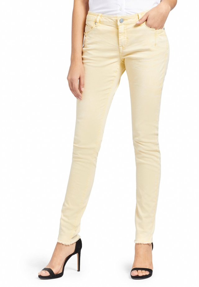 EMBER WASHED COLORED - Jeans Skinny Fit - yellow