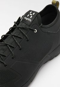 Haglöfs - L.I.M LOW - Hiking shoes - true black - 5