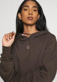 Nike Sportswear - HOODIE - Sweatshirt - baroque brown - 3