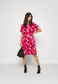 GANT - FLUID DESERT ROSE DRESS - Shirt dress - rich pink - 1