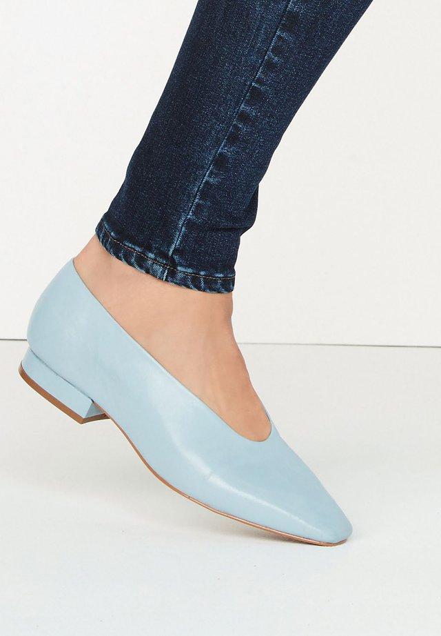 SIGNATURE  - Ballerina's - blue