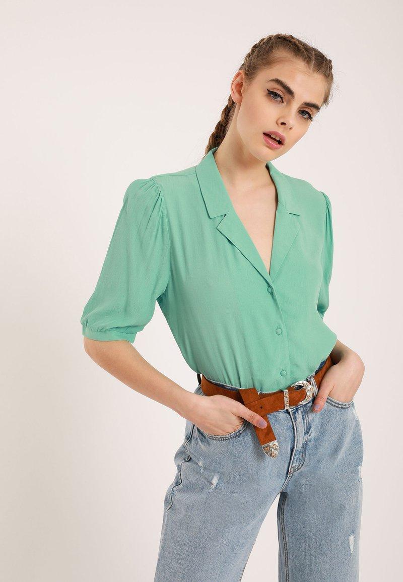 Pimkie - Button-down blouse - green