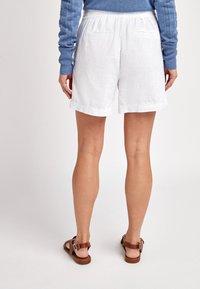 Next - Shorts - off-white - 1