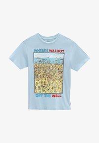 Vans - BY VANS X WHERE'S WALDO BEACH KIDS - T-shirt med print - (where's waldo?)fndstvbch - 0