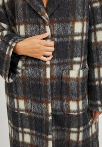 Object - Classic coat - chicory coffee - 6