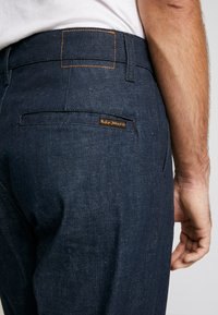 Nudie Jeans - LAZY LEO - Straight leg jeans - dry classic slub - 5