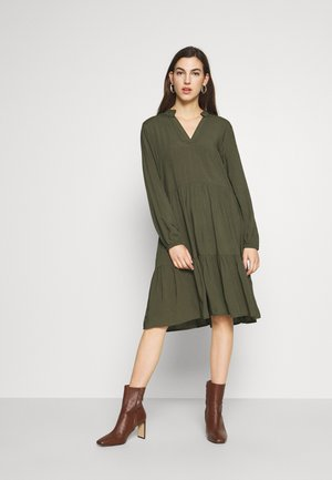 EDA SOLID DRESS - Maxikjole - army green