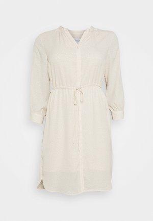 SLFKAMINA DRESS - Korte jurk - sandshell