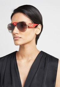 Versace - Sunglasses - red/grey gradient - 3