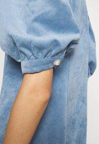 Cras - ANNIECRAS DRESS - Sukienka letnia - faded denim - 5