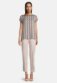 Betty Barclay - MIT PRINT - Blouse - dark blue/rosé - 1