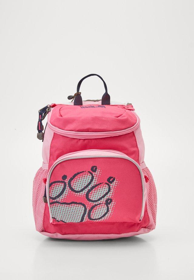 LITTLE JOE - Tagesrucksack - pink peony