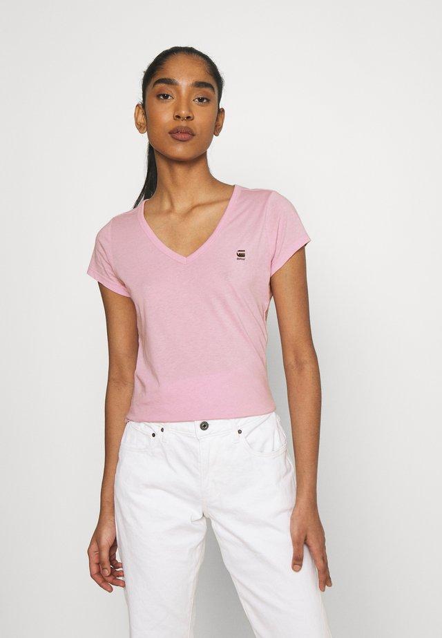 EYBEN SLIM V T WMN S\S - Basic T-shirt - lavender pink