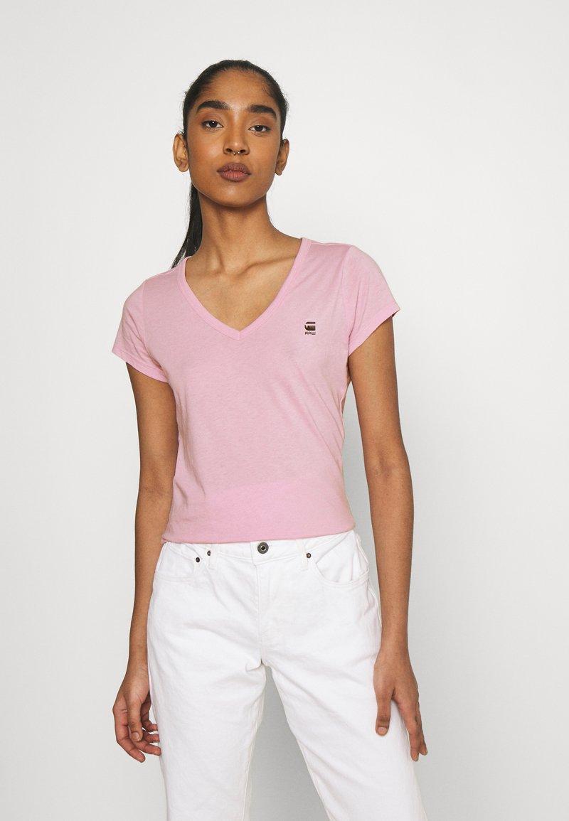 G-Star - EYBEN SLIM V T WMN S\S - Camiseta básica - lavender pink