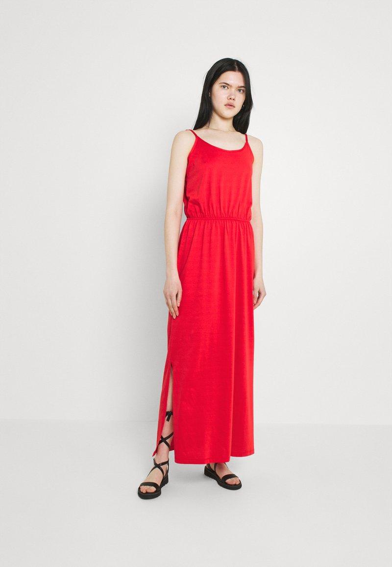 Vila - VIDREAMERS SINGLET - Maxi dress - flame scarlet
