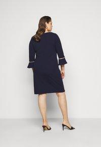 Anna Field Curvy - Pouzdrové šaty - evening blue - 2