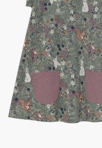Lindex - MINI LONGSWEET - Žerzejové šaty - light dusty green - 2