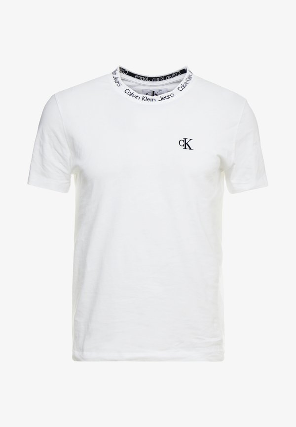 Calvin Klein Jeans CHEST MONOGRAM COLLAR LOGO SLIM - T-shirt basic - bright white/biały Odzież Męska MCFA