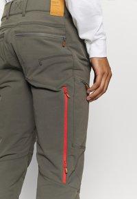 Norrøna - SVALBARD FLEX PANTS - Pantaloni outdoor - dark grey - 3