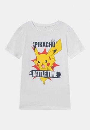 NKMPOKEMON NIAL  - Camiseta estampada - bright white