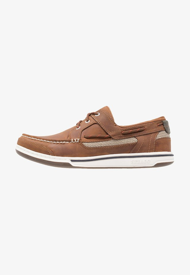 TRITON - Boat shoes - walnut